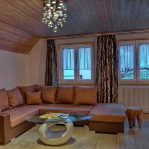 Hotelbilleder: Konigshof Ferienwohnungen, Oberstaufen