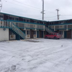 Hotel Pictures: High River Motor Motel, High River