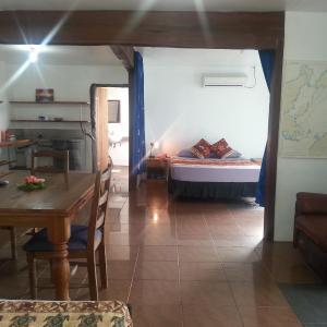 Hotel Pictures: Gecko Lodge Fiji, Savusavu