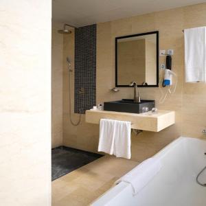 Hotel Pictures: Hotel Adef, Oran
