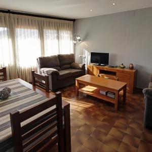 Hotel Pictures: Casa el Sastre I, Beceite