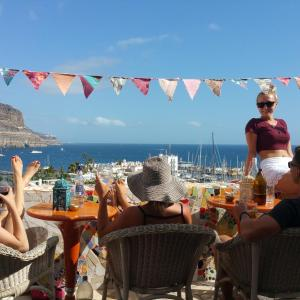 Hotel Pictures: Volver Beach Hostel, Puerto de Mogán