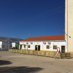 Hotel Pictures: Apartamentos El Silo., Torremocha
