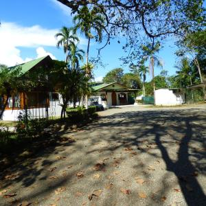 Hotel Pictures: Corcovado Beach Lodge, Puerto Jiménez