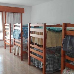 Hotel Pictures: ALBERGUE EL CAÑÓN, Santa María de las Hoyas