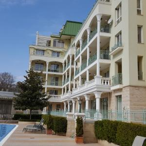 Fotos do Hotel: Splendid Deluxe Apartments, St. St. Constantine and Helena