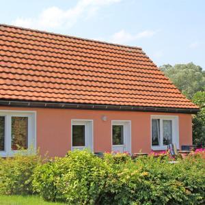 Hotelbilleder: Doppelferienhaus Strasen SEE 7680_2, Strasen