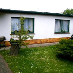 Hotel Pictures: Ferienhaus Kroeslin VORP 2201, Kröslin