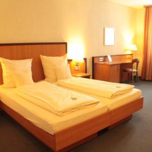 Hotelbilleder: Hotel Blauer Wolf, Gunzenhausen