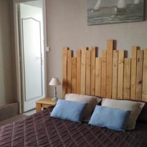 Hotel Pictures: Hotel Restaurant De La Plage, Audresselles