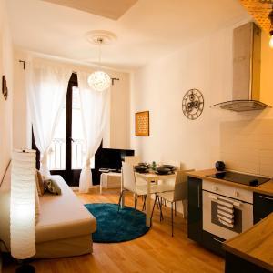 Hotel Pictures: Apartamento Santo Tomas 23 Izq, Haro