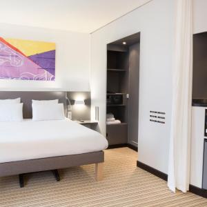 Hotel Pictures: Novotel Suites Paris Roissy CDG, Roissy-en-France