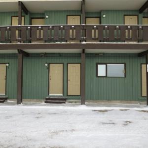 Hotel Pictures: Monashee Inn-Big White Ski Resort, Big White