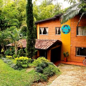Hotel Pictures: Hostal Casa Arapaima, Sabaneta