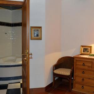 Hotel Pictures: Hôtel & Restaurant Château Landsberg & Spa, Barr
