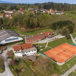 酒店图片: Hotel & Tennis Riederhof, Mantscha