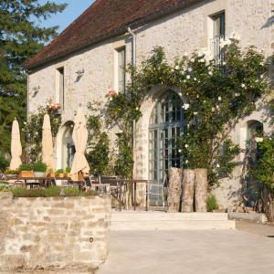 Hotel Pictures: Hotel Restaurant Les Deux Ponts, Pierre-Perthuis
