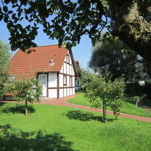 Hotelbilleder: Ferienhaus Scout 60 im Feriendorf, Bachenbrock