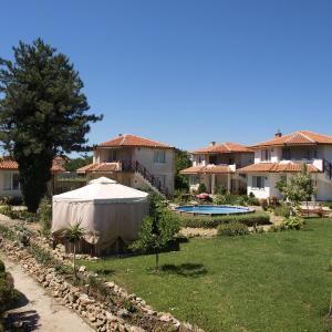 Foto Hotel: Sveta Marina Complex, Krapets
