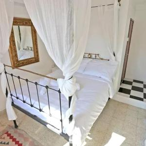 Hotel Pictures: Lusignans Guest House, Famagusta