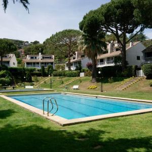 Hotel Pictures: La Pineda, Cabrils