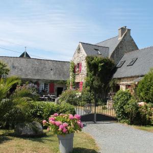 Hotel Pictures: Le petit hameau, Plestin-les-Grèves