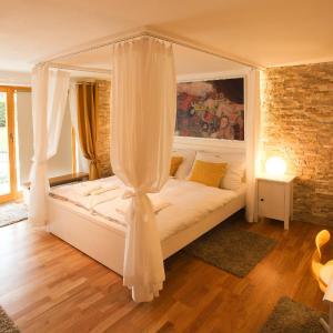 Hotel Pictures: Rebel House, Frýdlant nad Ostravicí