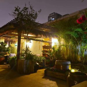 Hotel Pictures: Water and Woods Garden, Nanning