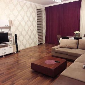 Hotellbilder: Four season apartment on Semed Vurgun 27, Ganja