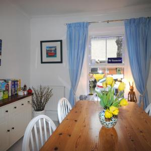 Hotel Pictures: Number Seven Bed and Breakfast, Falmouth