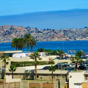 Hotel Pictures: Departamento a pasos del mar, La Herradura