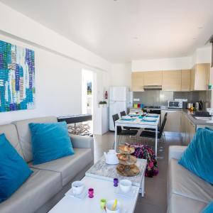 Фотографии отеля: Nicholas Seaview Apartments, Протарас