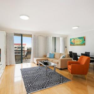 Fotografie hotelů: North Ryde Self-Contained Two Bedroom Apartment (93Font), Sydney