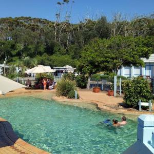 Фотографии отеля: Blue Lagoon Beach Resort, Зе-Энтранс