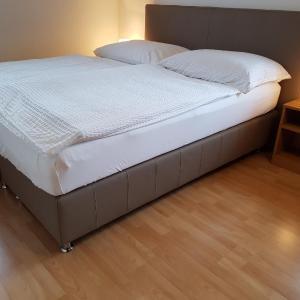 Hotel Pictures: Apartments Krassnig, Krumpendorf am Wörthersee