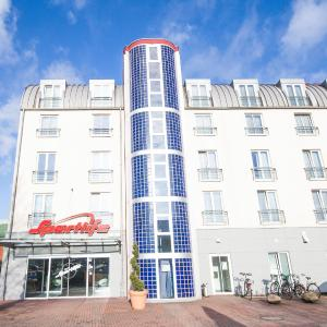 Hotel Pictures: Novum Hotel Sportlife, Elmshorn