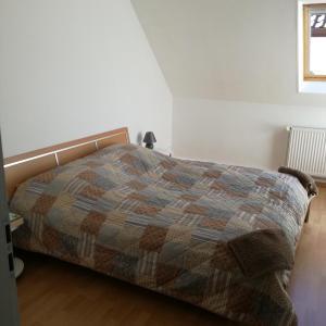Hotelbilleder: Gästezimmer / Weingut Peter, Wachenheim an der Weinstraße