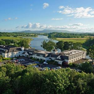 Hotel Pictures: Killyhevlin Lakeside Hotel & Lodges, Enniskillen