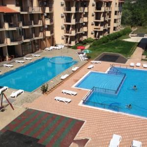 Hotel Pictures: Apartment in Complex Nestinarka, Tsarevo