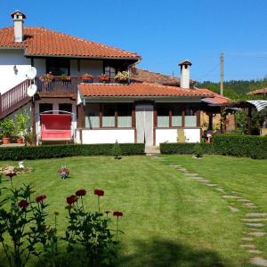 Hotel Pictures: Guest House Karamihova Kashta, Ruhovtsi