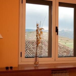 Hotel Pictures: Hotel Villa de Ayerbe, Ayerbe