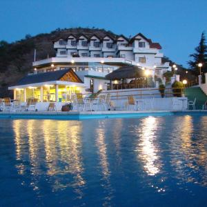 Hotel Pictures: Le Mirage Village Club, Villa Carlos Paz