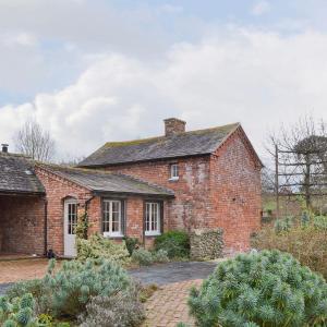 Hotel Pictures: The Cottage, Llansantffraid-ym-Mechain