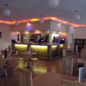 Hotel Pictures: Hawk House, Yeovil