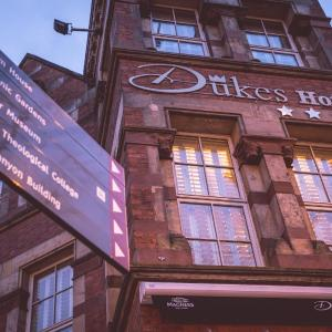 Hotel Pictures: Dukes At Queens, Belfast