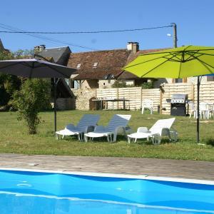Hotel Pictures: Maison De Vacances - Dégagnac, Dégagnac