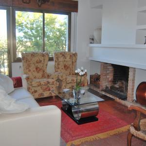 Hotel Pictures: Casa rural Puente Mocho, Ledesma