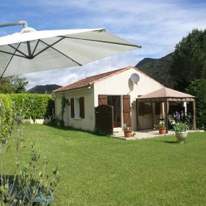 Hotel Pictures: Maison De Vacances - Belvianes-Et-Cavirac, Belvianes-et-Cavirac