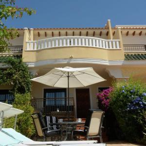 Hotel Pictures: Villa Rojales III, Rojales