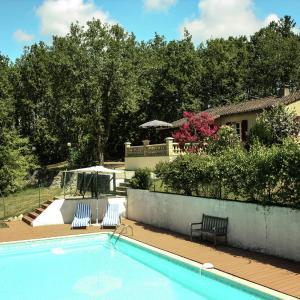 Hotel Pictures: Maison De Vacances - Pontcirq, Pontcirq